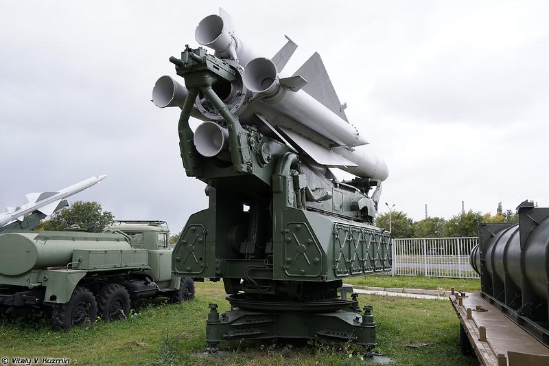 Пусковая установка 5П72 ЗРК С-200В (5P72 launcher S-200V)