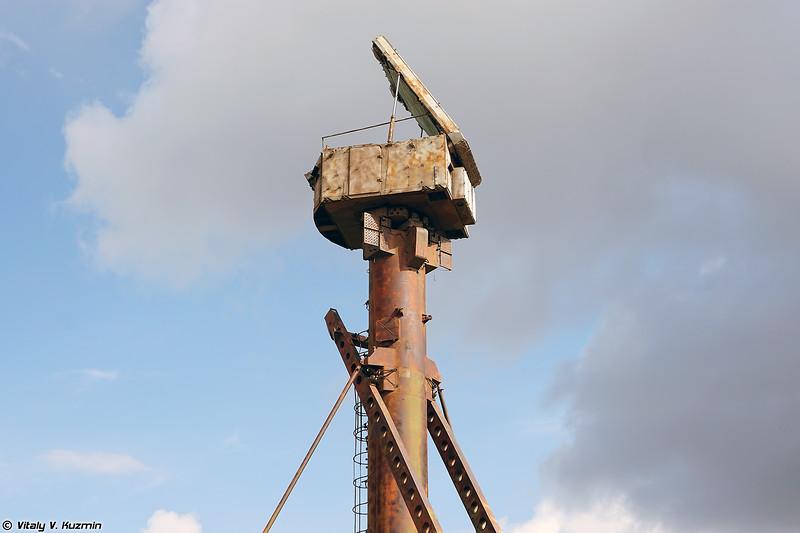 Кабина Ф1 РПН 5Н63 на вышке 40В6М (5N63 radar on 40V6M mast)