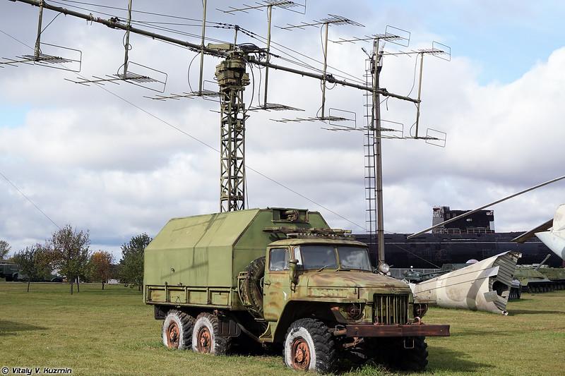 РЛС П-18 / 1РЛ131 (P-18 / 1RL131 radar)