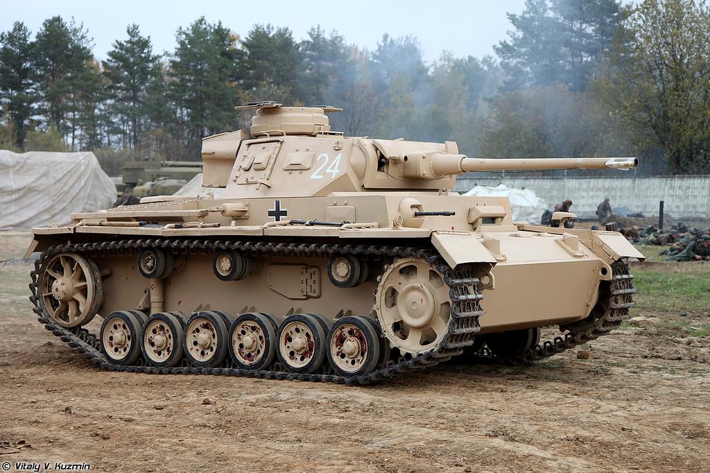 Реконструкция эпизода танкового боя (Reenactment of tank battle)