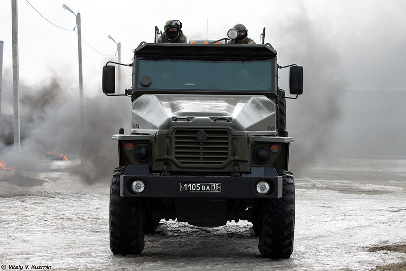 Урал-4320ВВ (Ural-4320VV armored vehicle)