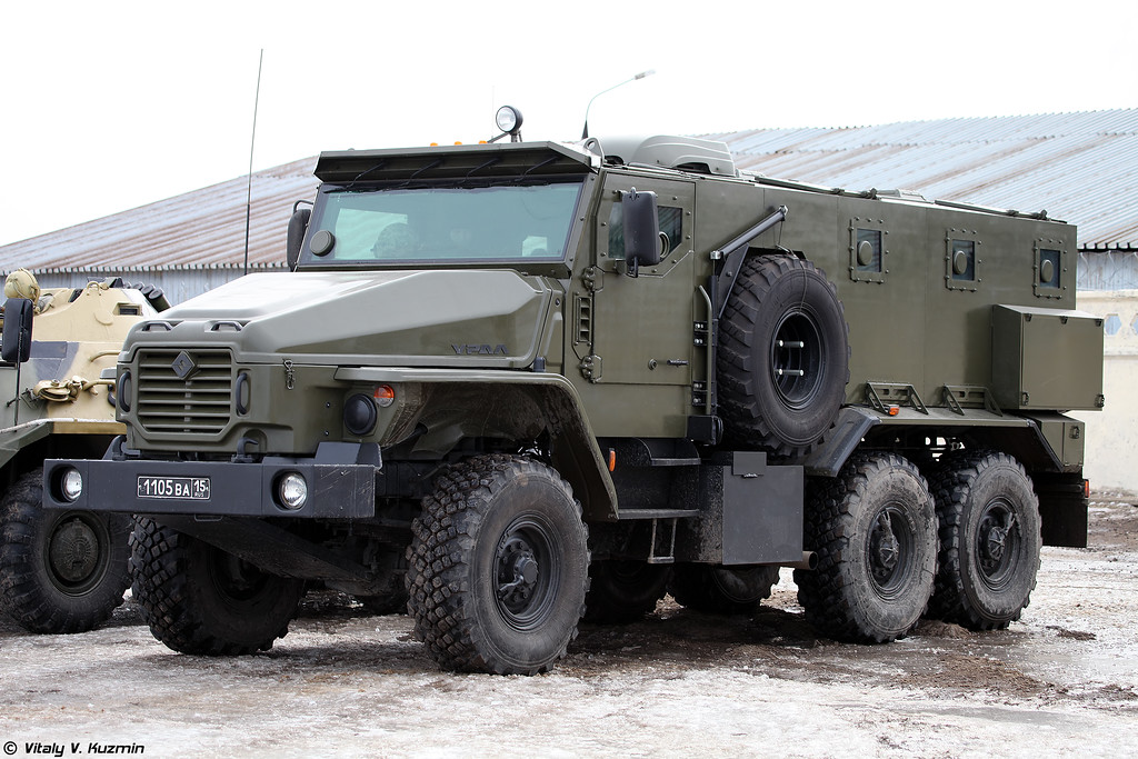 Бронеавтомобиль Урал-4320ВВ (Ural-4320VV armored vehicle)