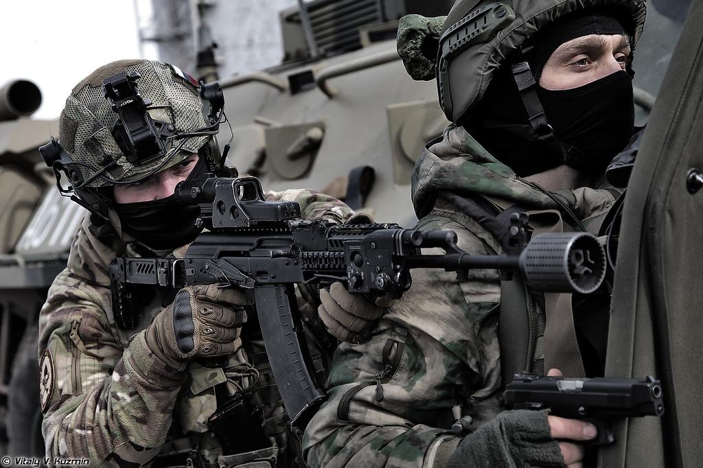 Военнослужащие 604-го ЦСН Витязь ВВ МВД России (Operators from 604th Special Purpose Center Vityaz)