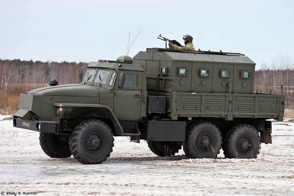 Урал-4320 Звезда-В (Ural-4320 Zvezda-V armored vehicle)