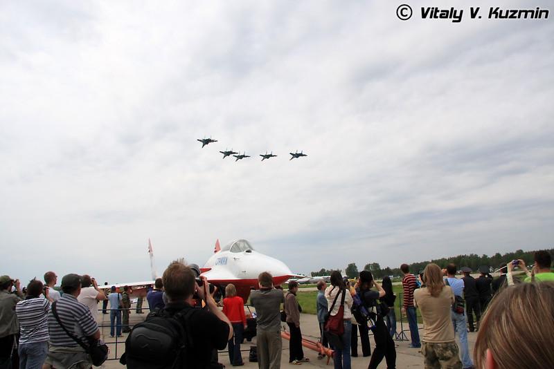 Су-27 АГВП Русские витязи (Su-27 of Russian knights team)