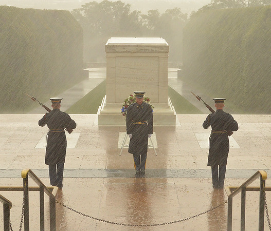 Tomb of the Unknown Soldier, in the rain
