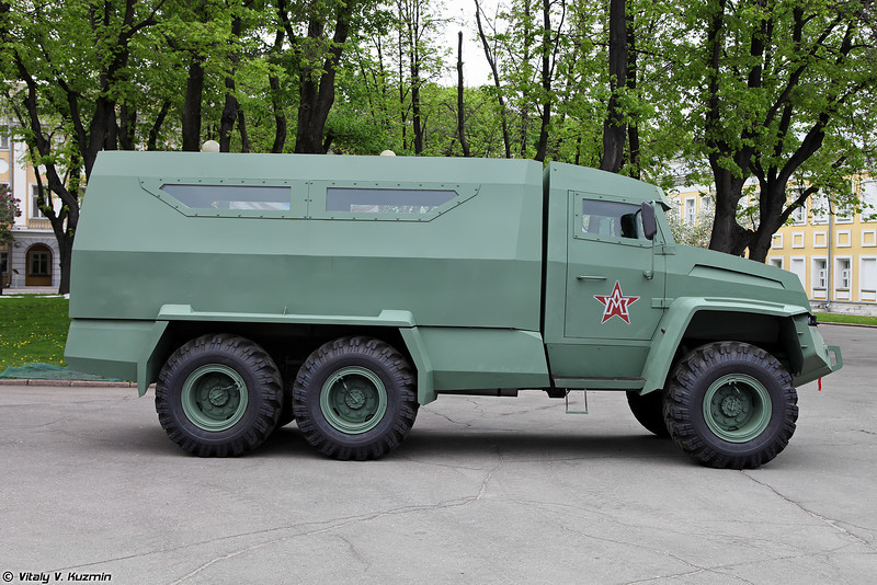 Бронеавтомобиль Колун 6х6 (Kolun 6x6 armored vehicle)