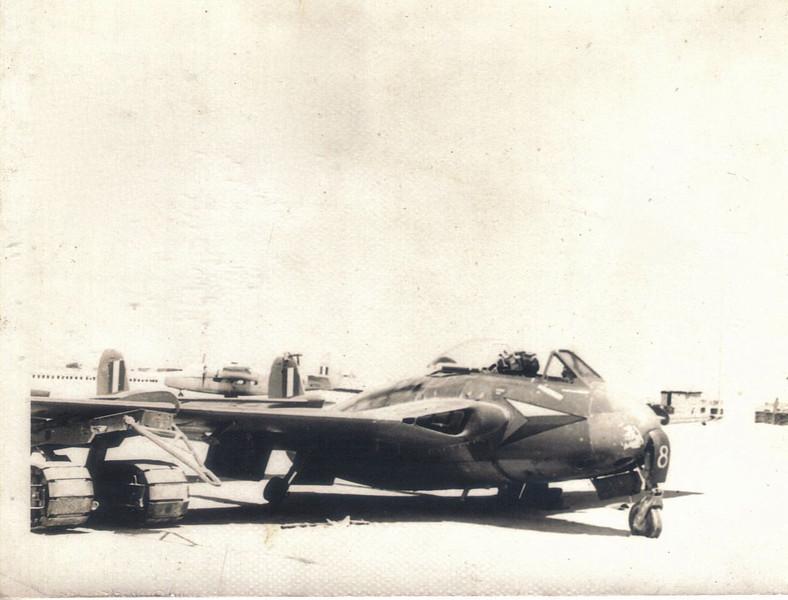18 RAF DH Venom