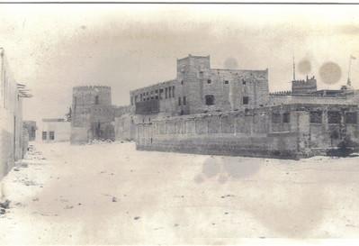 34  Rear of palace? Sharjah