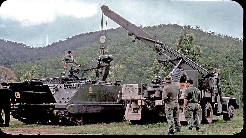 RAEME mechanics fixing the M-113workshop version at Somerset Dam.