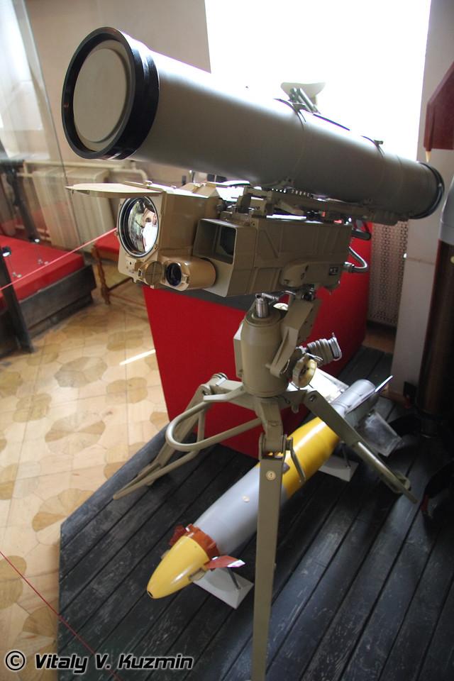 Корнет-Э (AT-14 Kornet-E anti-tank missile system)
