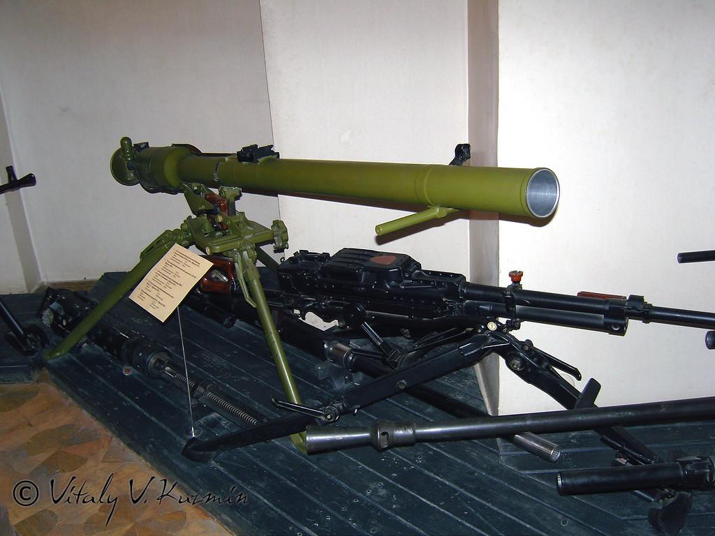 НСВ Утес и СПГ-9М (NSV Utes and SPG-9M)