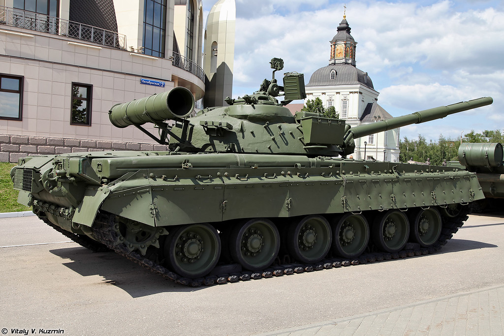 Танк Т-80Б (T-80B main battle tank)