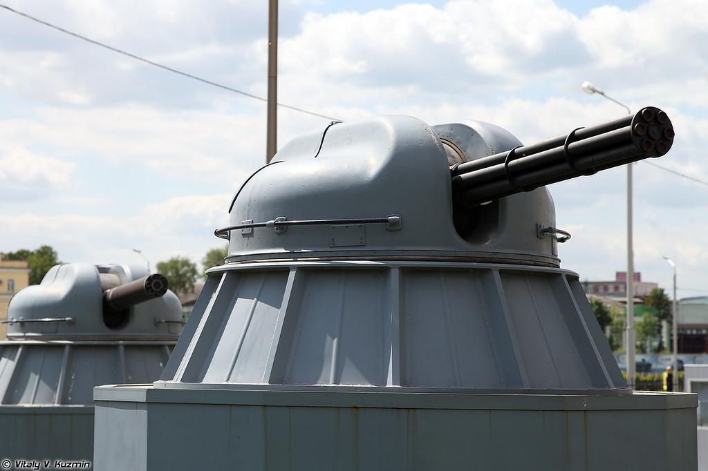 30-мм автоматическая корабельная артиллерийская установка АК-306 (30mm cannon AK-306)