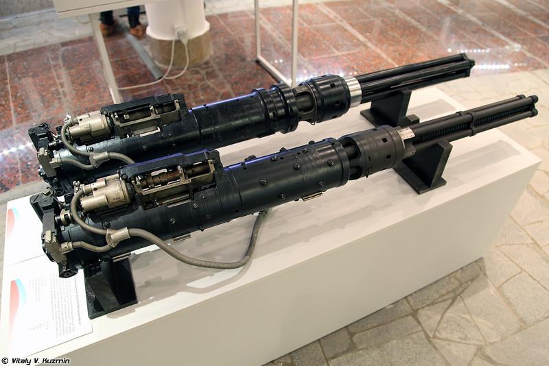 Пулеметы авиационные ЯкБЮ-12,7 и ЯкБ-12,7 (YakBYu-12,7 and YakB-12,7 machine guns)