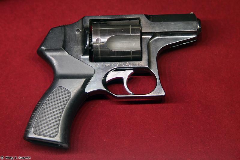 У-94С Удар (U-94S Udar revolver)