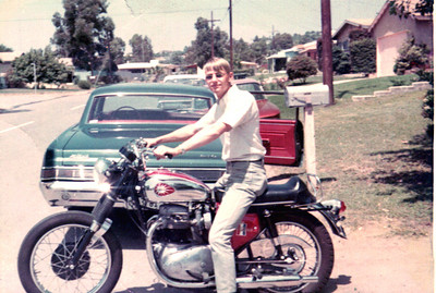650 BSA ( Don Coxs ) me on The 650 and my GTO