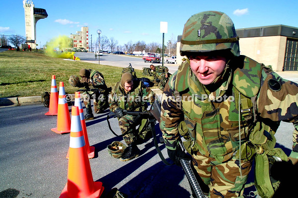Lt _in_U S _Army_acts_in_gas_attack_copyright_Minardi