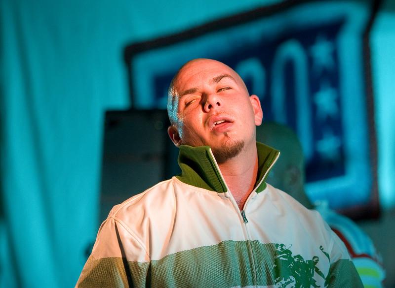 Pitbull. Korea. 09/14/07