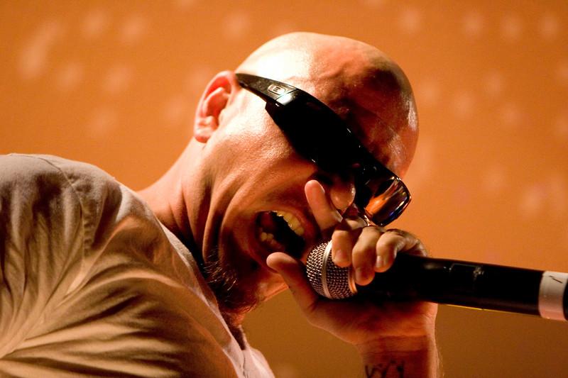 Pitbull. Korea. 09/16/07