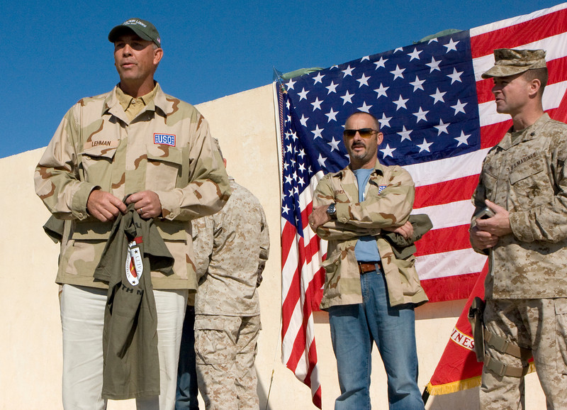 Professional Golfer's Association of America (PGA) golfer Tom Lehman talks to  Marines, Soldiers and Sailors at Foward Operating Base Hit, Iraq during the USO Links Kuwait & IraqTour on November 23, 2007.