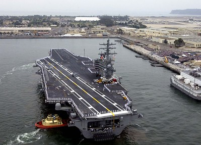 USS Ronald Reagan Arrival July 2004