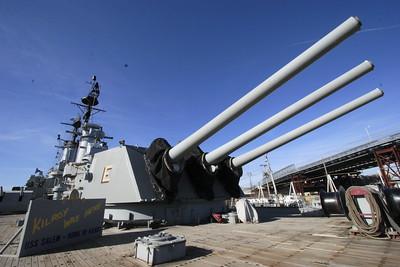 USS SALEM CA 139