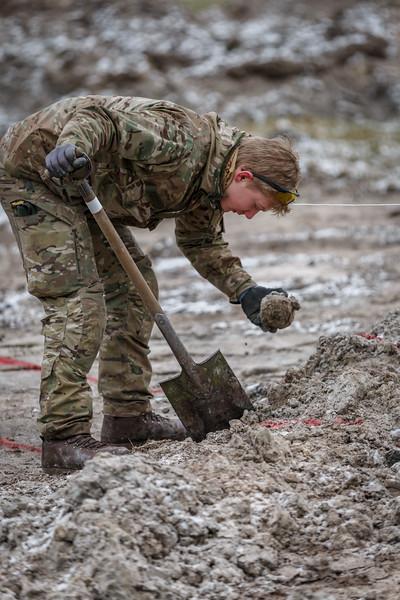 Udgravning af fly fra 2. verdenskrig ved Birkelse