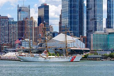 7_August_2016_686_USCG_Eagle_At_Pier_86_In_New_York