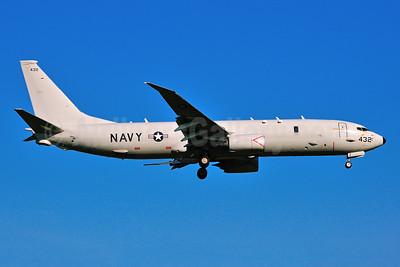United States Navy Boeing P-8A (737-8FV) Poseidon 168432 (msn 40812) RDU (Ken Petersen). Image: 924306.