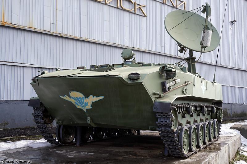 Cтанция спутниковой связи Р-440-ОДБ (R-440-ODB signal vehicle)