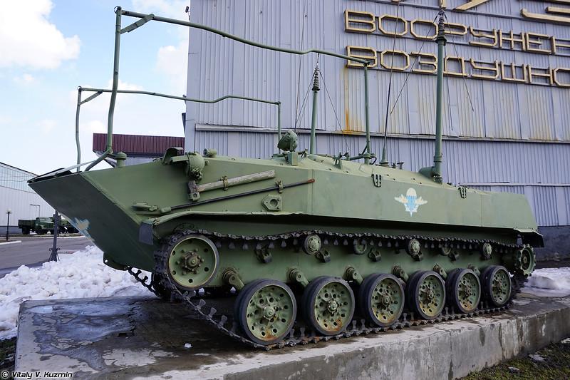 КШМ БМД-1КШ (BMD-1KSh command vehicle)