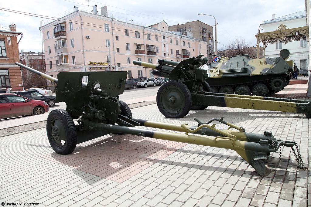 57-мм пушка ЗИС-2 (57mm ZIS-2 artillery)