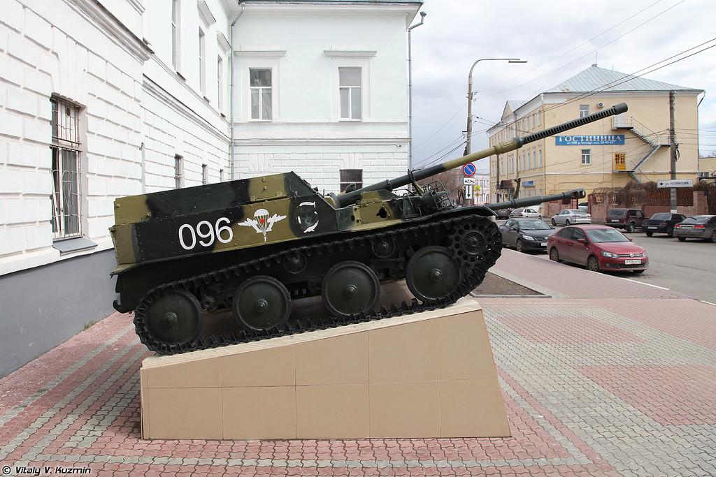 Артиллерийская самоходная установка АСУ-57 (ASU-57 self-propelled artillery)