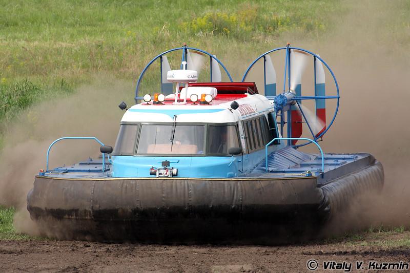 Вездеход на воздушной подушке Арктика (All-terrain air-cushion vehicle Arktika)