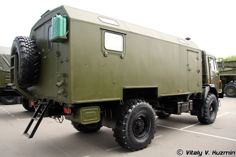 Контрольно-проверочная машина С01М02 (S01M02 check and test vehicle)