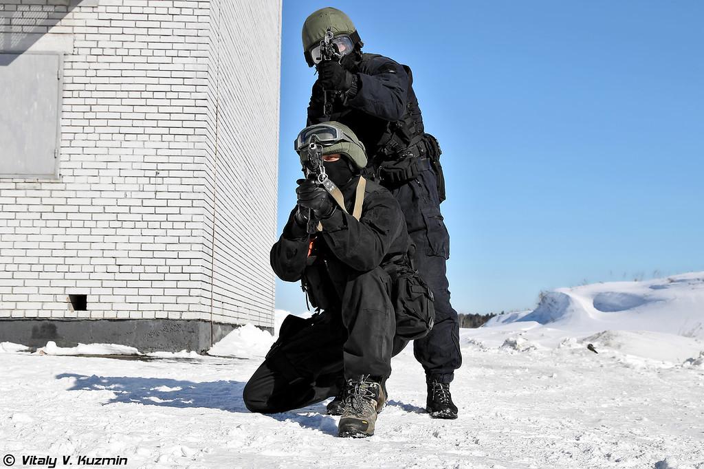 Военнослужащие 604-го ЦСН Витязь (604th Special Purpose Center Vityaz operators)