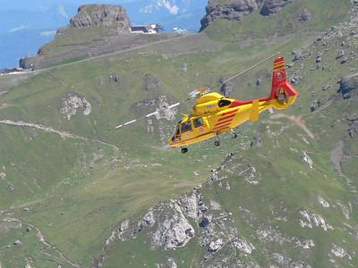2008 - Elicottero del soccorso alpino va a recuperare ferito e soccorritori