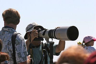 Lens envy...  San Diego Union/Tribune newspaper photogapher with Canon 600mm lens.