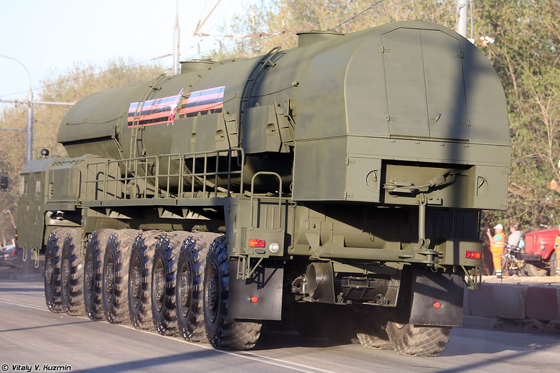 Агрегат сопровождения 15Т418 ПГРК 15П155М Ярс  (15T418 supply vehicle for Yars)