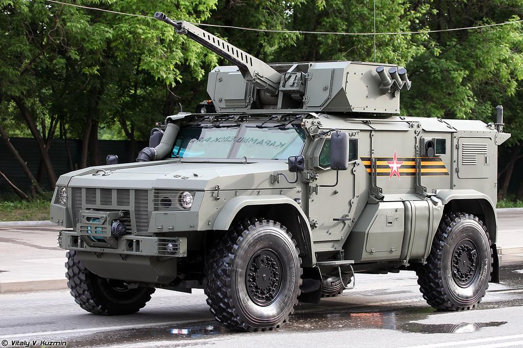 https://photos.smugmug.com/Military/Victory-Day-Rehearsal-in-Moscow-17-June-2020/i-2ZDPfkq/0/d9d55579/XL/ParadeRehearsal-17062020-023-XL.jpg