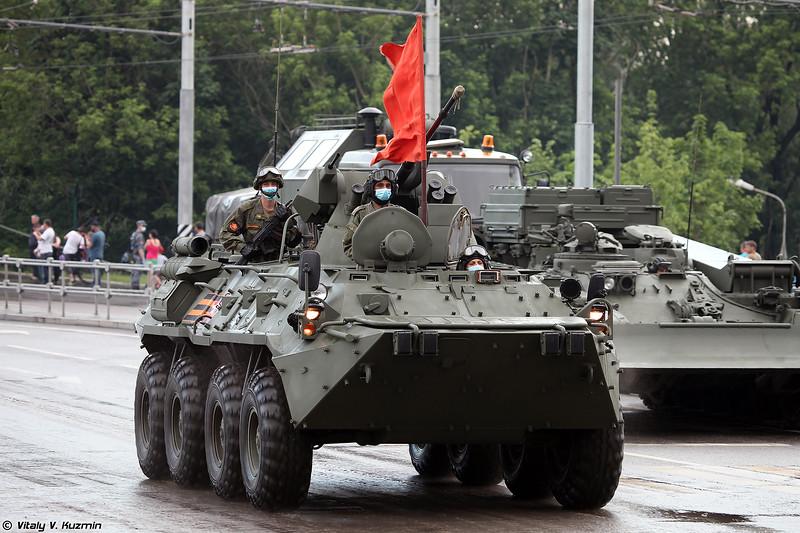 БТР-82АТ с демонтированным комплектом дополнительной защиты (BTR-82AT with dismounted bar armor)