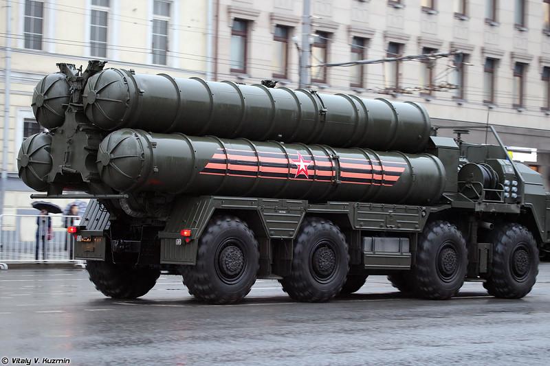 Пусковая установка 5П85СМ2-01 из состава ЗРС С-400 (5P85SM2-01 TEL for S-400 system)