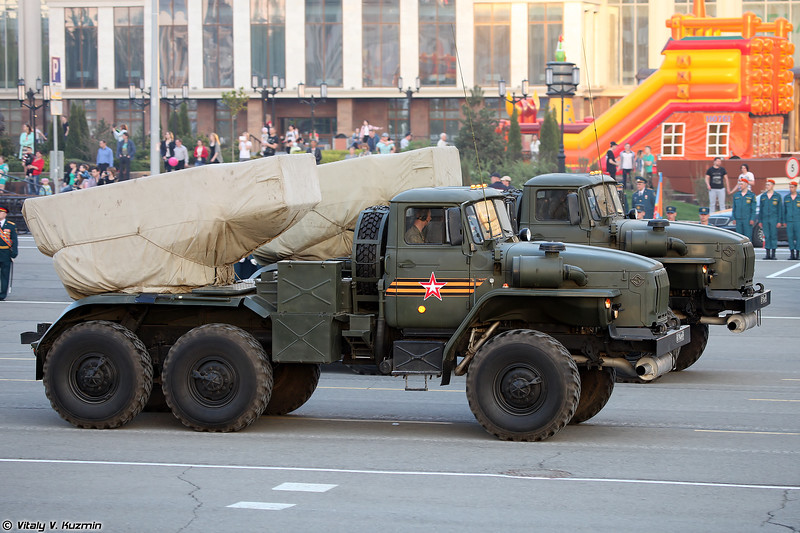 Боевая машина БМ-21-1 РСЗО 9К51 Град (BM-21-1 combat vehicle of 9K51 Grad MLRS)