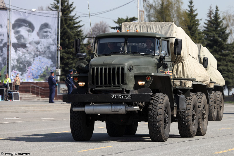 Боевая машина БМ-21-1 РСЗО 9К51 Град (BM-21-1 combat vehicle of 9K51 Grad MLRS)
