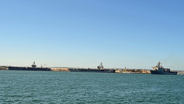 USS Carl Vinson, Ronald Reagan, Rushmore at North Island