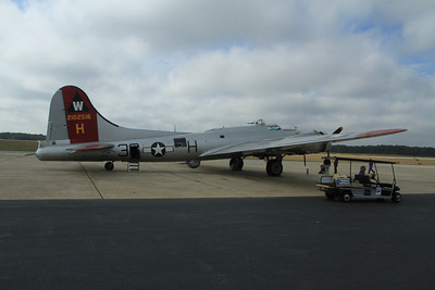 WW II B 17 Bomber at Millville Airport