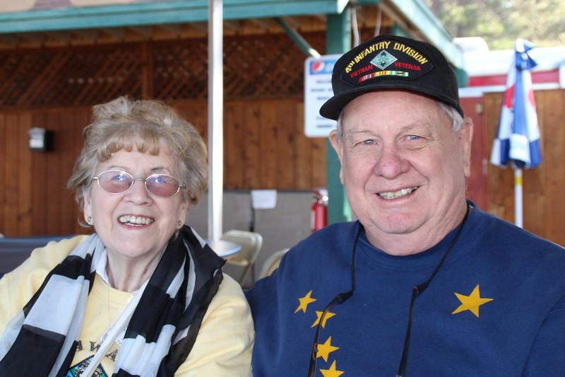 Bill & Shirley Harrison 67-68 Headquarters 2nd Brigade