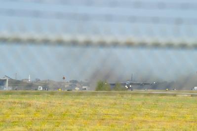 B-52_Takeoff_Runway_RAW2676