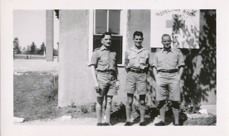 Lloyd Lantz (centre) with two other soldiers Camp Borden